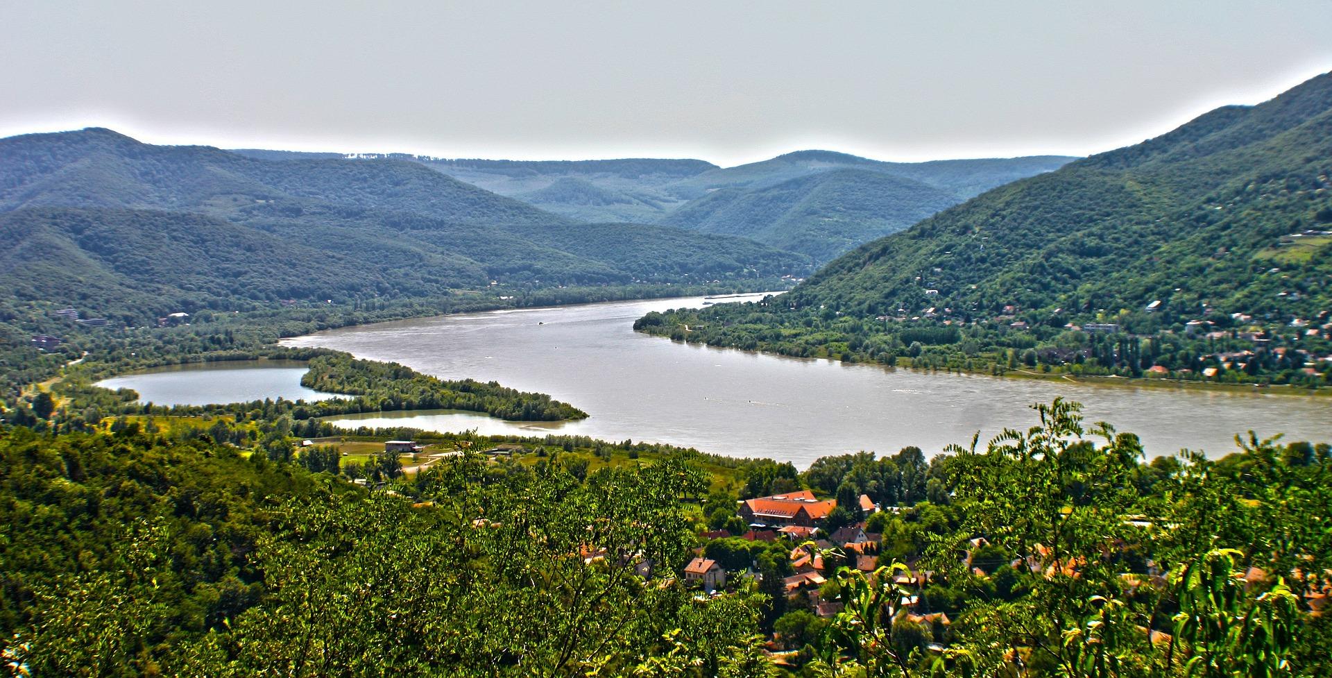 Karitatív csapatépítés Visegrád – Mogyoróhegyen